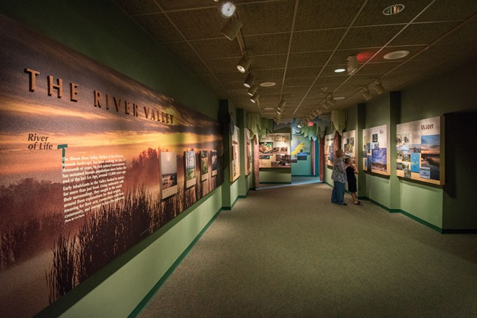 Illinois River Gallery at Dickson Mounds Museum.