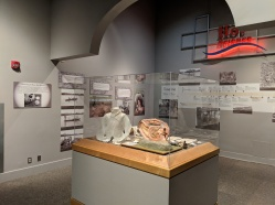"""Harvesting the River: Pearl Buttons"" in the Hot Science exhibit at the Illinois State Museum"